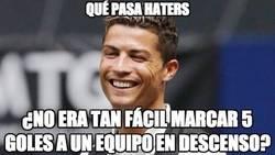 Enlace a Cristiano está esperando los cinco goles de Messi al Almería