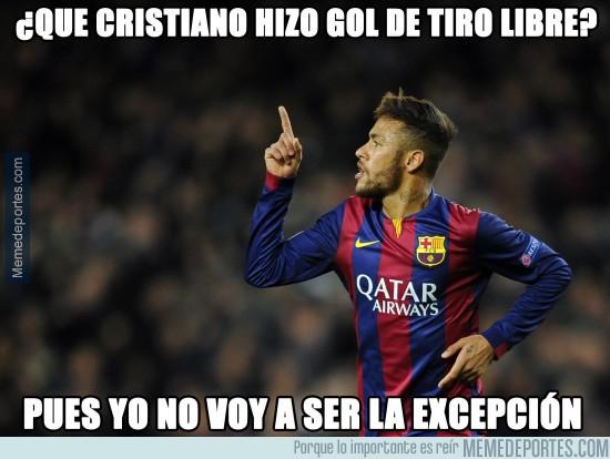 505523 - A Neymar le ha picado Cristiano