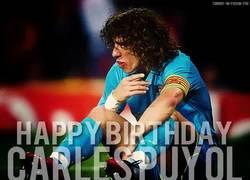 Enlace a GIF: Hoy cumple años una leyenda viva del fútbol, Carles Puyol