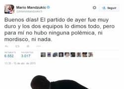 Enlace a Mandzukic zanja la polémica