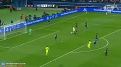 Enlace a GIF: ¡Gol de Suarez que hace el 0-2!