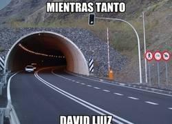 Enlace a David Luiz frente a Suárez