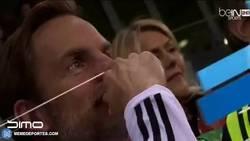 Enlace a GIF: El otro gol de Ronaldo en el partido benéfico. Sigue relleno de talento