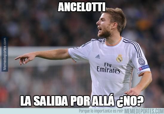 518179 - Sabes que no tienes nada que hacer en el Madrid cuando Ramos juega de mediocentro antes que tú