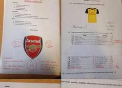 Enlace a Fan del Arsenal le hace un examen a su novia