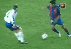 Enlace a Una para los nostálgicos. Destellos de calidad de Ronaldinho en el Barcelona