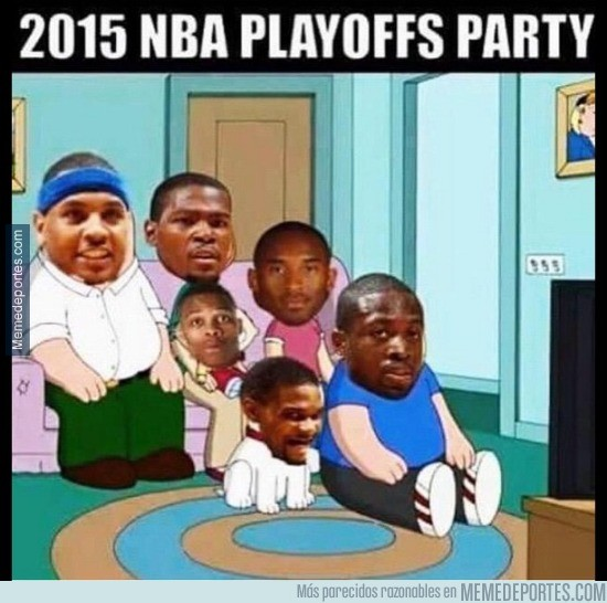 534070 - Jugadores viendo desde casa los Playoffs de la NBA