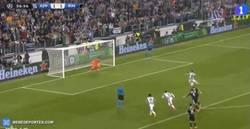Enlace a GIF: Tévez marca el penalti 2-1