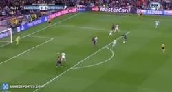 Enlace a GIF: ¡Gooooooooooool de Lionel Messi! ¡1-0!
