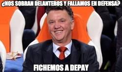 Enlace a El Manchester United ficha a Depay contra todo pronóstico