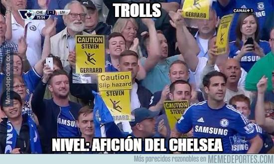 543184 - La afición del Chelsea trollea a Gerrard