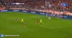 Enlace a GIF: Neymar marca el empate. MSN en estado puro