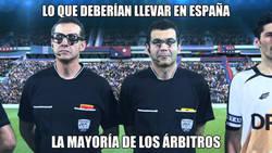 Enlace a Qué malos son los árbitros en España...