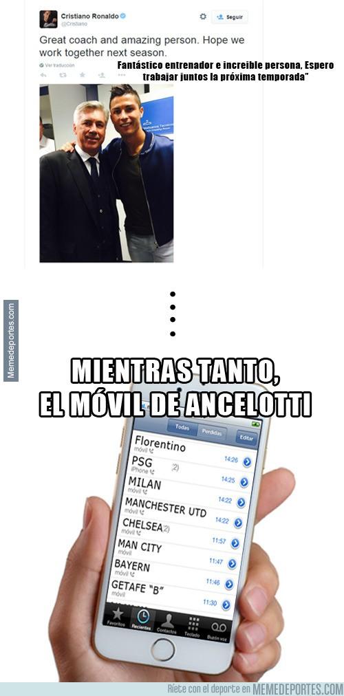 560303 - Mientras tanto... el móvil de Ancelotti