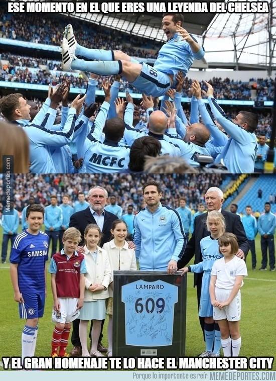 561388 - No podía quedarse sin un gran homenaje esta leyenda