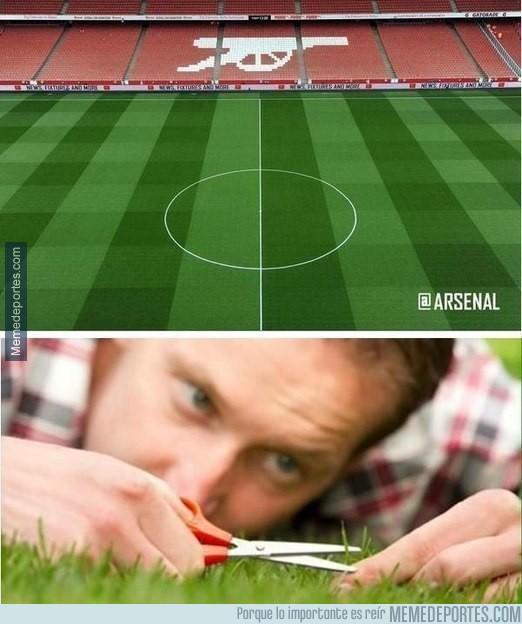 566397 - La única explicación para que el césped del Arsenal se vea tan bonito