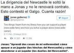 Enlace a Puñalada del Newcastle a Jonás Gutiérrez