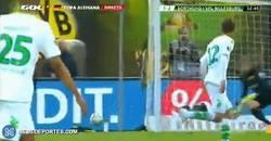 Enlace a GIF: Golazo de De Bruyne, 1-2 en la final de la Copa