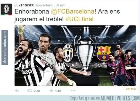 567938 - La Juventus felicita al Barça en catalán y se citan para el triplete