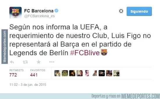 571858 - El Barça sigue molesto con Figo y no vestirá su camiseta
