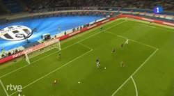 Enlace a GIF: Otra perspectiva del gol de Morata que pone el empate en el marcador