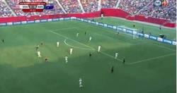 Enlace a GIF: El paradón de Hope Solo en el Mundial Femenino vs Australia