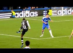 Enlace a VÍDEO: Aniversario del gol de falta de Roberto Carlos, recordemos los mejores goles con efecto