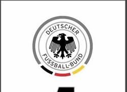 Enlace a GIF: ¿Cuántos goles le hará Alemania a Gibraltar hoy? Hagan sus apuestas