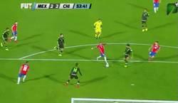 Enlace a GIF: El penalti pitado sobre Arturo Vidal, ¿Qué os parece?