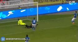 Enlace a GIF: Gol de Éder para Portugal contra Italia