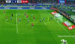 Enlace a GIF: Gol de Isla para Chile