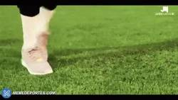 Enlace a GIF: Culés al enterarse de que Pogba ficha por el Barça