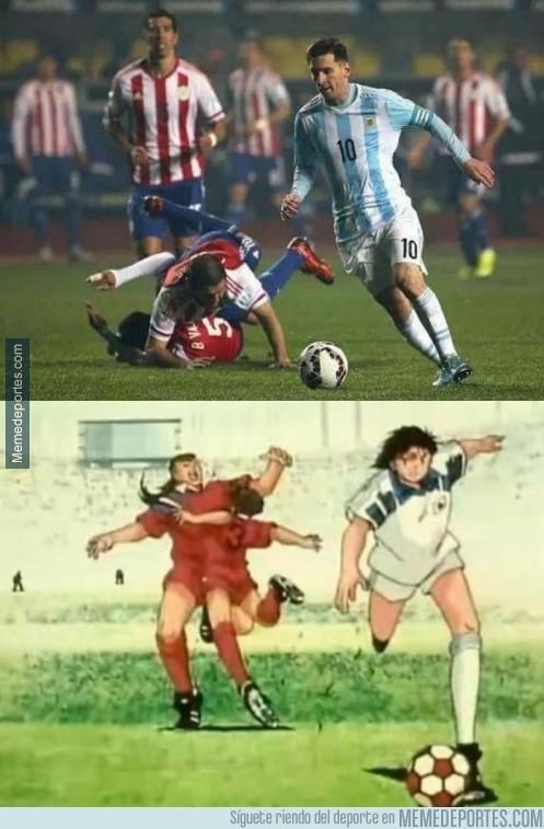 612192 - Messi superando la ficcion.