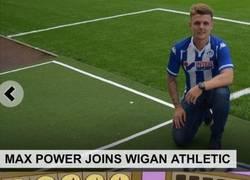 Enlace a Max Power ficha por el Wigan