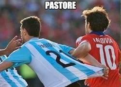 Enlace a Así intentó engañar Pastore al árbitro