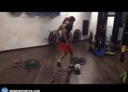 Enlace a GIF: Espectacular entrenamiento de Sergi Samper