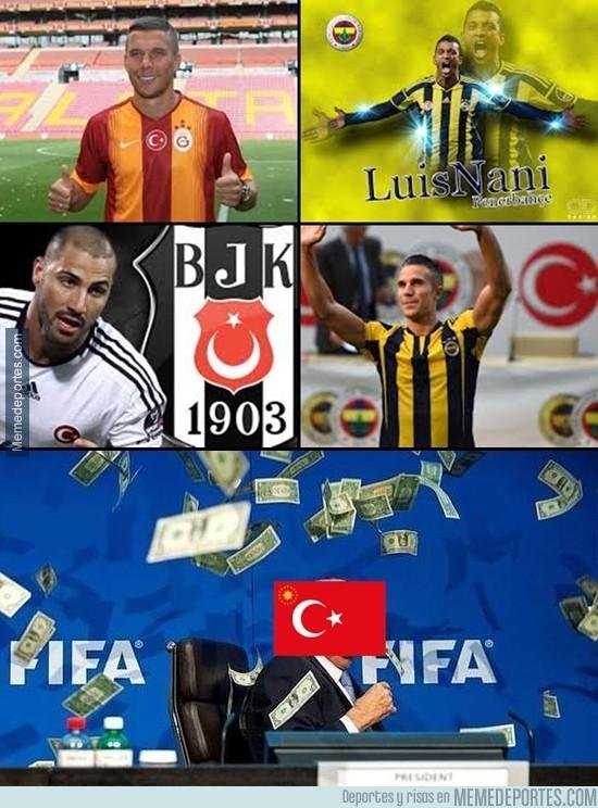 628753 - Los fichajes en Turquía. Mucho dinero veo ahí