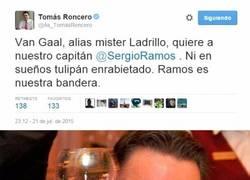 Enlace a OFICIAL: Sergio Ramos nuevo jugador del Manchester United