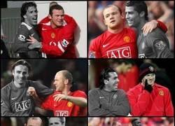 Enlace a Los compañeros que han acompañado a Rooney en el ataque