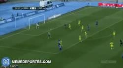 Enlace a GIF: Increíble gol de chilena de Armin Hodzic