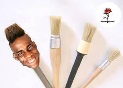 Enlace a El nuevo peinado de Balotelli