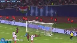 Enlace a GIF: El Barça marca el tercero, gol de Rafinha