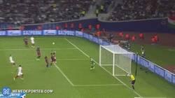 Enlace a GIF: Gol de Reyes, gran contraataque del Sevilla