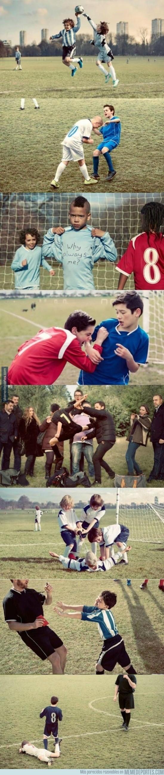 656297 - Famosos momentos del fútbol con niños ¿Los reconoces?