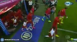 Enlace a GIF: ¡Volvió la Bundesliga!