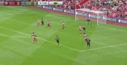 Enlace a GIF: Gol de Lukaku tras un gran contraataque con asistencia de Koné