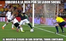 Enlace a Gracias a la UEFA por su labor social