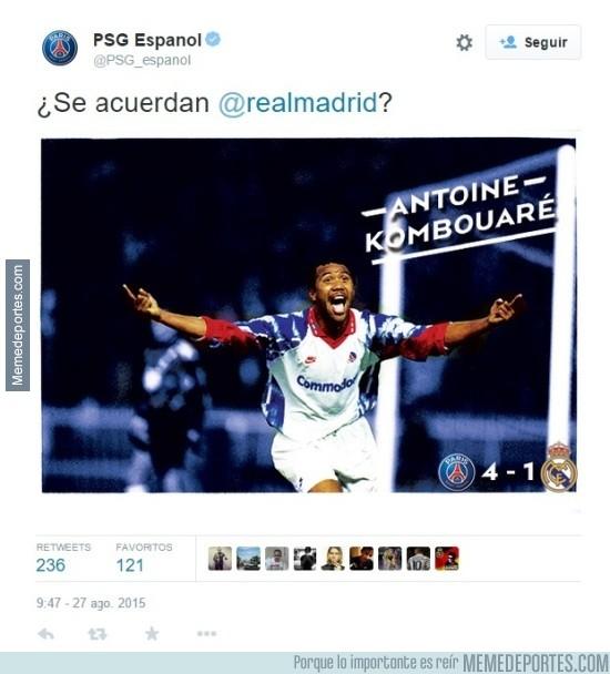 668347 - El PSG calentando el partido contra el Real Madrid