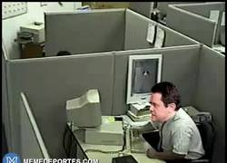 Enlace a GIF: Filtrado un vídeo del informático del Real Madrid