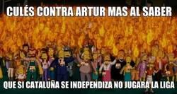 Enlace a Los aficionados culés ya reaccionan a las medidas para el Barça si Cataluña se independiza